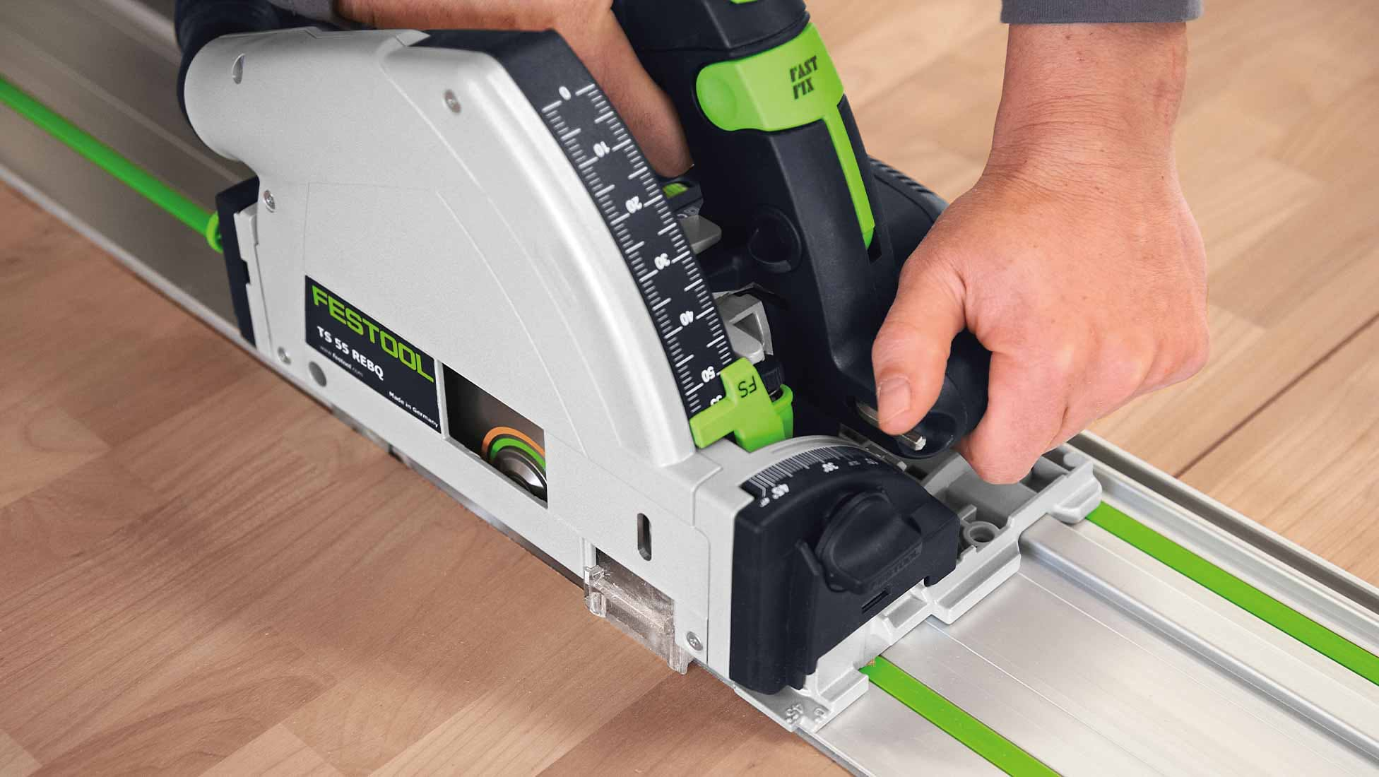 Festool TS55R EBQ-Plus-FS Plunge Saw, 2 x 1,400mm Rails & Accessories
